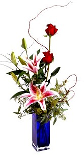 Red Roses combined with a Fragrant Stargazer Lily